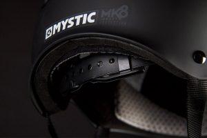 Kask do sportów wodnych Mystic MK8 - regulacja
